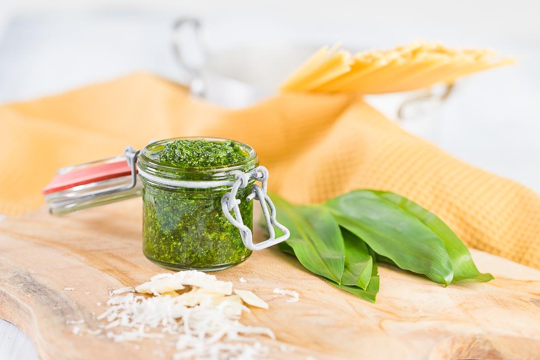 Bärlauchpesto Bärlauch Pesto Spaghetti Wild Gralic Salt casual cooking österreichischer food blog