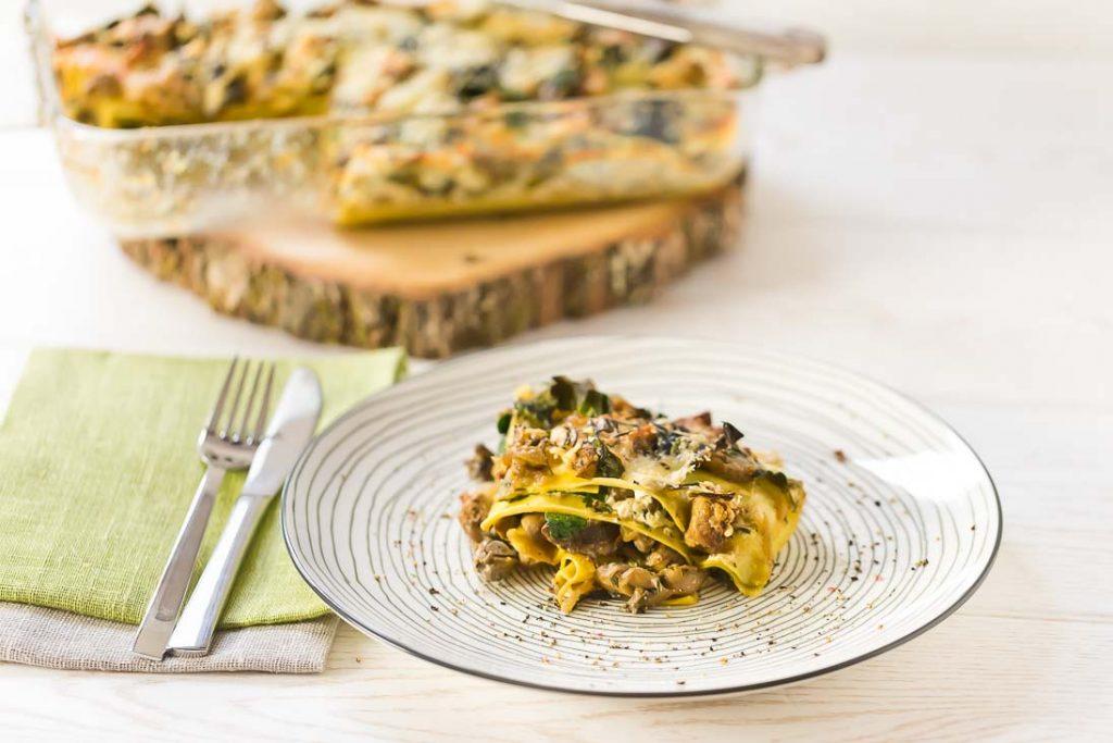 Vegetarische Lasagne mit Pilzen und Spinat Vegi vegetarisch casual cooking österreichischer food blog
