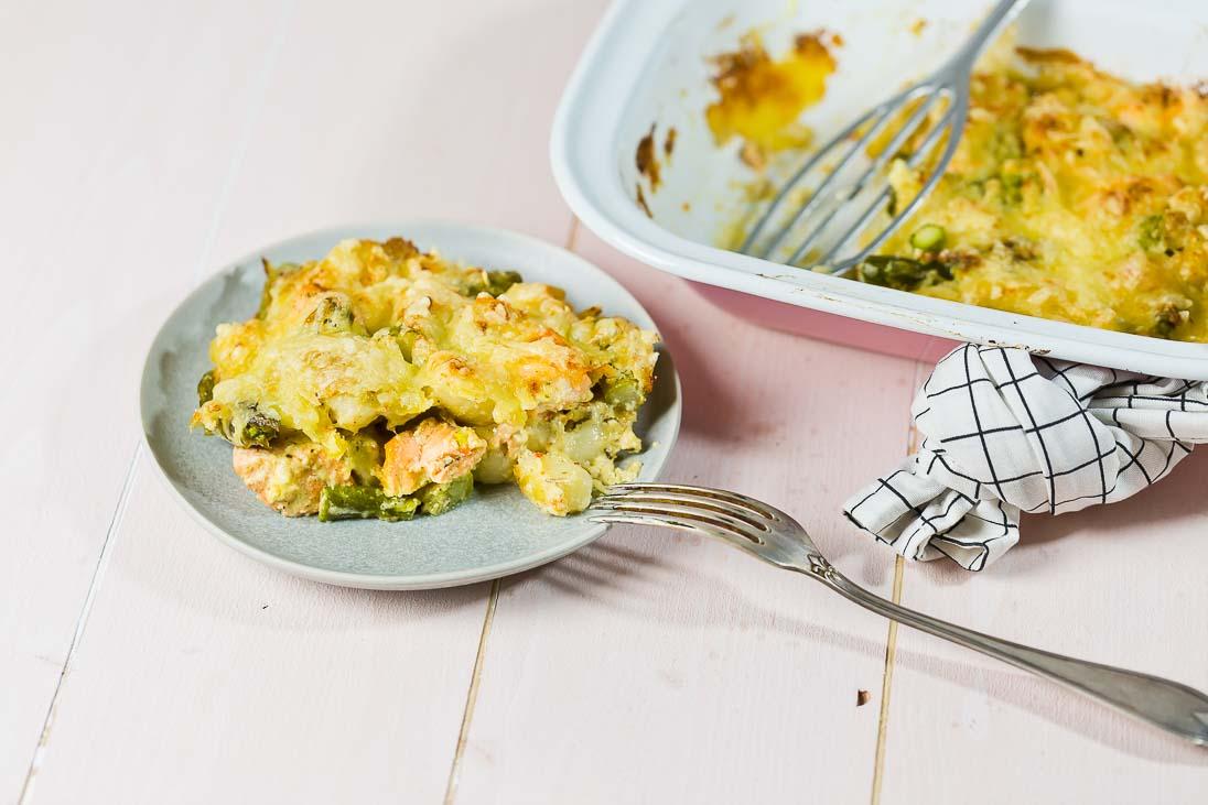 Gnocchiauflauf mit Spargel, Lachs und Käse überbacken casual cooking österreichischer food blog